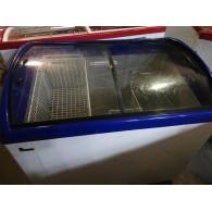 Морозильный ларь с гнутым стеклом M 300 S б/у